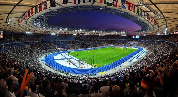 Olympiastadion_Berlin_wikipedia_image